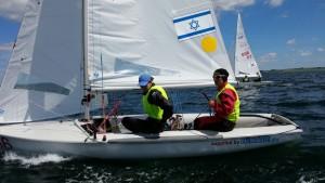 גיל כהן, דניאל ממן ודגל ישראל