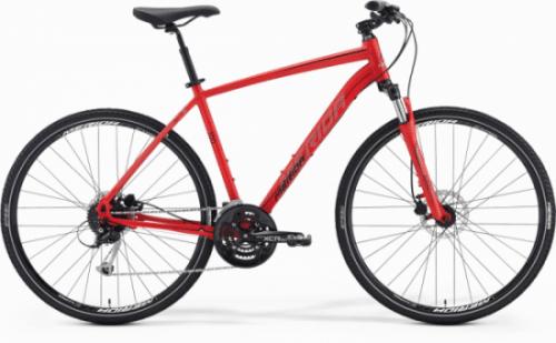 אופניים בצבע אדום